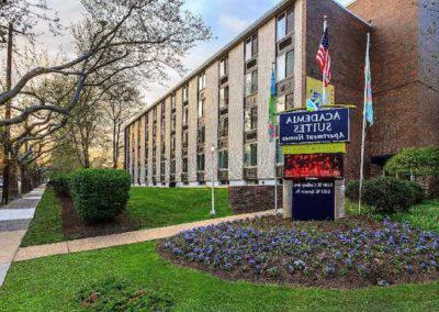 在费城的East Oak Lane出租的学术界套件bbin的外部视图