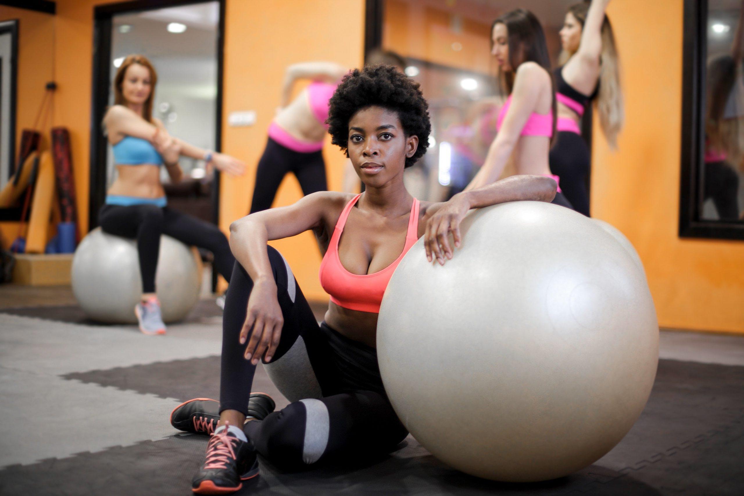 非裔美国女性在锻炼