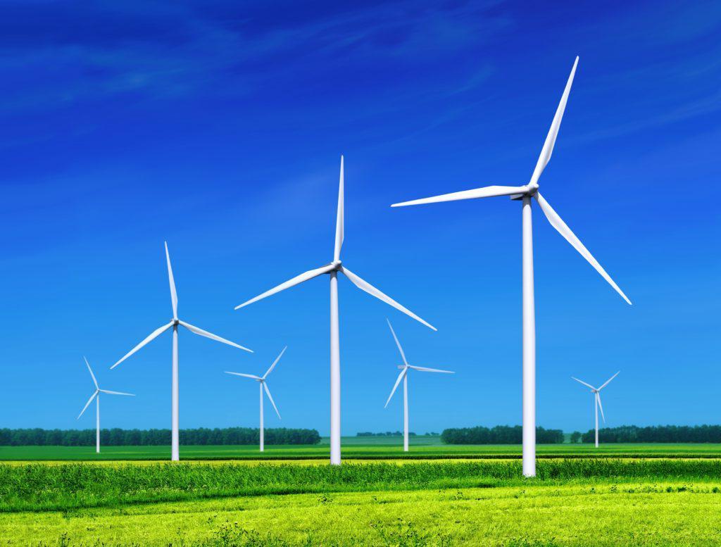 草地上的风力涡轮机-shutterstock_78314113-min