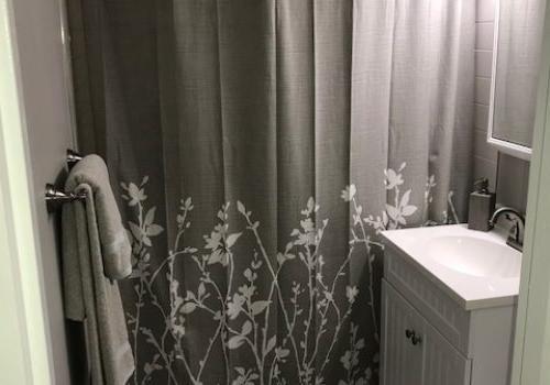 宾夕法尼亚州兰斯代尔(位于)的crossat Stanbridgebbin出租,带有淋浴和厕所