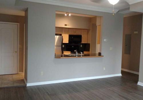客厅与厨房的视野在门户塔在帕克公园bbin出租