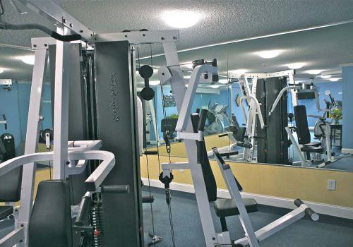 健身中心与锻炼设备在沃灵顿交叉bbin出租在沃灵顿,宾夕法尼亚州
