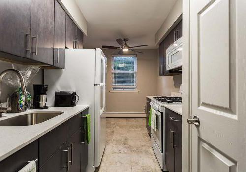 沃灵顿十字路口bbin的厨房与能源星级电器在沃灵顿出租, PA