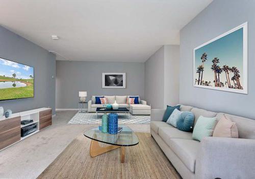 大客厅,两个沙发和电视在沃灵顿交叉bbin出租